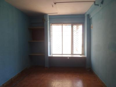 Gallery Cover Image of 340 Sq.ft 1 RK Apartment for rent in Kandivali West for 9500