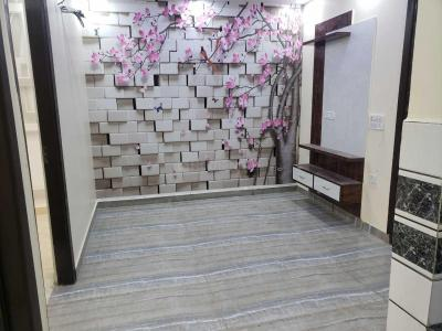 Gallery Cover Image of 850 Sq.ft 2 BHK Independent Floor for buy in Uttam Nagar for 3500000