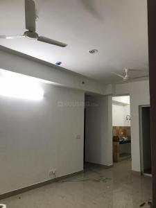 Gallery Cover Image of 984 Sq.ft 2 BHK Apartment for rent in Chi V Greater Noida for 10800
