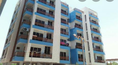 Gallery Cover Image of 1260 Sq.ft 2 BHK Apartment for rent in Luxuria, Sarkhej- Okaf for 7000