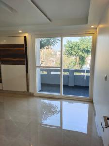 Gallery Cover Image of 3602 Sq.ft 3 BHK Independent Floor for buy in Sector 21C for 14600000