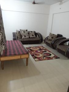 Gallery Cover Image of 1350 Sq.ft 3 BHK Apartment for rent in Jasmine Spring valley, Magarpatta City for 39000