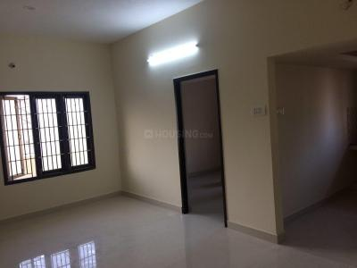 Gallery Cover Image of 1300 Sq.ft 2 BHK Independent Floor for rent in Nanmangalam for 12000