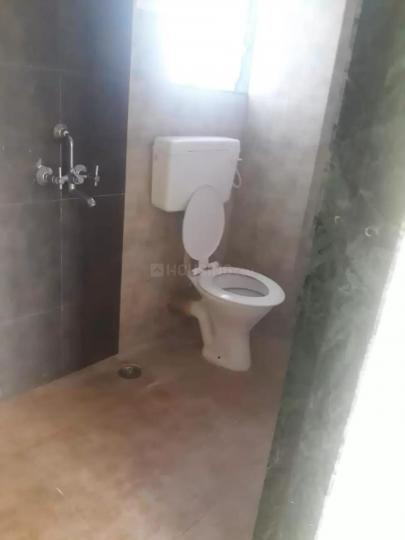 Common Bathroom Image of 650 Sq.ft 1 BHK Apartment for rent in Ulwe for 6500