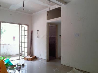 Gallery Cover Image of 895 Sq.ft 2 BHK Apartment for buy in Korattur for 6800000