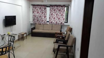 Gallery Cover Image of 700 Sq.ft 1 BHK Apartment for rent in Bandra West for 75000