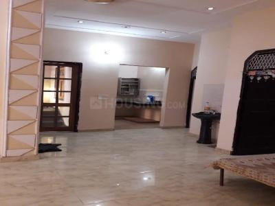 Gallery Cover Image of 1550 Sq.ft 3 BHK Apartment for rent in Koramangala for 31000