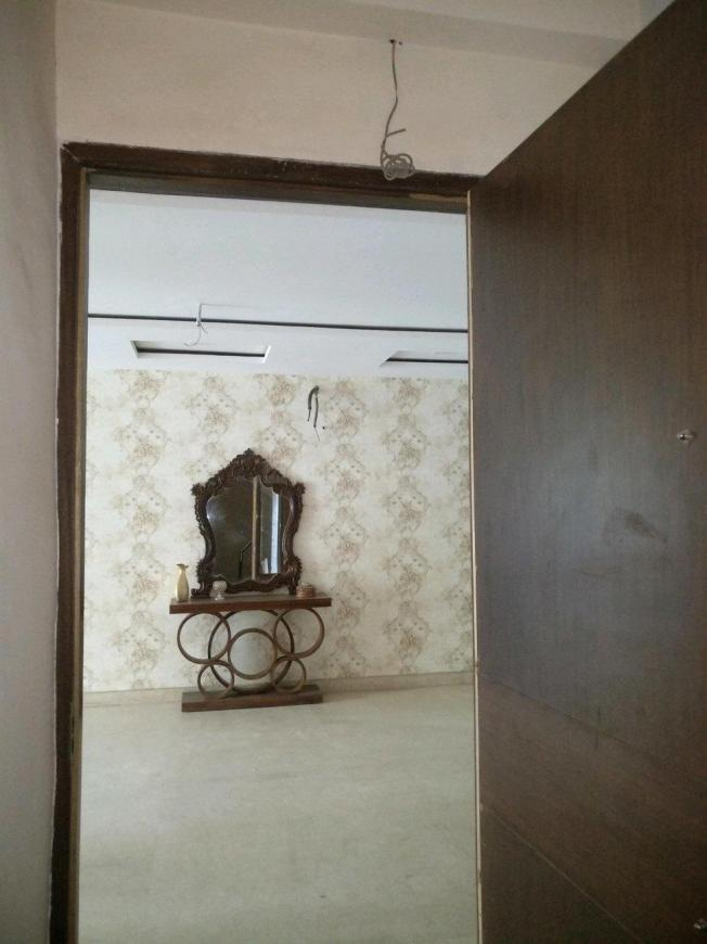 Main Entrance Image of 3000 Sq.ft 4 BHK Independent Floor for rent in Sushant Lok I for 60000