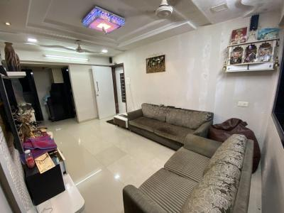 Gallery Cover Image of 1100 Sq.ft 2 BHK Apartment for rent in Dadar East for 75000
