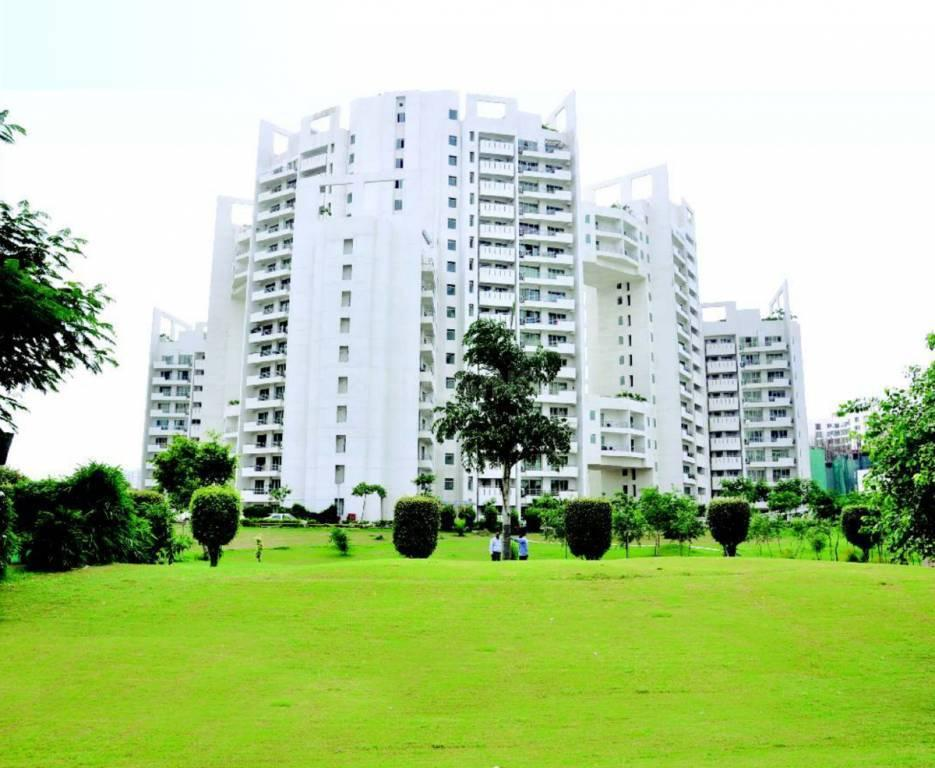 Building Image of 2895 Sq.ft 3 BHK Apartment for buy in Sector 53 for 33000000