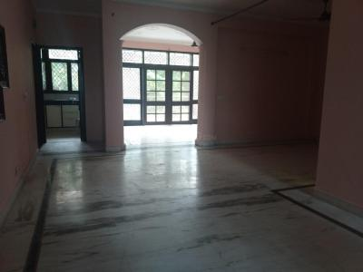 Gallery Cover Image of 2200 Sq.ft 2 BHK Independent Floor for rent in Sector 34 for 17000
