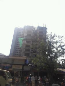 Gallery Cover Image of 1050 Sq.ft 3 BHK Apartment for buy in Kandivali West for 13600000