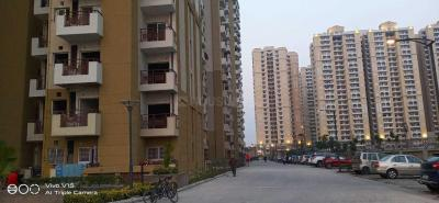 Gallery Cover Image of 1494 Sq.ft 3 BHK Apartment for rent in Chi V Greater Noida for 10000