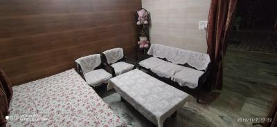 Gallery Cover Image of 1200 Sq.ft 3 BHK Independent Floor for buy in Patel Nagar for 7000000