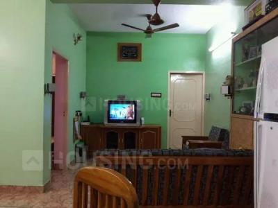 Gallery Cover Image of 800 Sq.ft 2 BHK Apartment for buy in Anna Nagar for 8200000