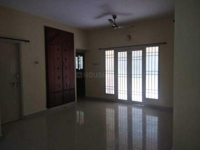 Gallery Cover Image of 1390 Sq.ft 3 BHK Apartment for rent in Pallavaram for 16000
