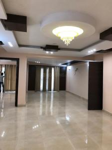 Gallery Cover Image of 2000 Sq.ft 3 BHK Independent Floor for buy in Unitech South City II, Sector 49 for 14000000