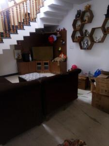 Gallery Cover Image of 2500 Sq.ft 4 BHK Independent House for rent in Velachery for 50000