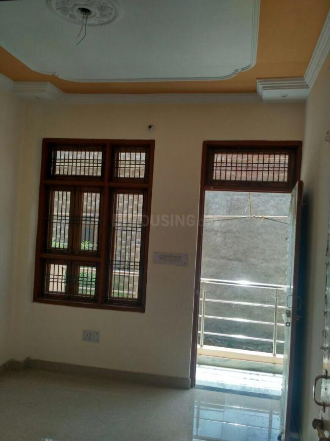 Living Room Image of 1100 Sq.ft 3 BHK Independent House for buy in Jarauli for 4800000