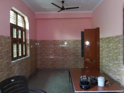 Gallery Cover Image of 1200 Sq.ft 2 BHK Independent Floor for rent in Palam Vihar for 20000