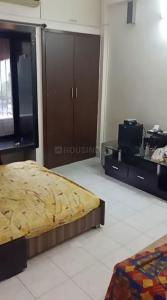 Gallery Cover Image of 860 Sq.ft 2 BHK Apartment for rent in Raheja Heights, Malad East for 37000