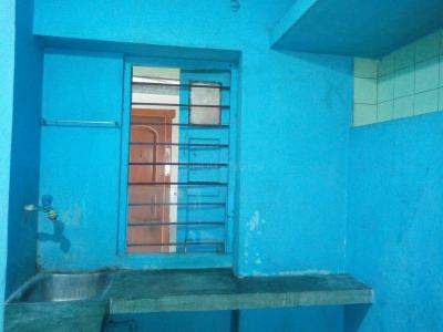 Gallery Cover Image of 550 Sq.ft 2 BHK Independent House for rent in Keshtopur for 8500