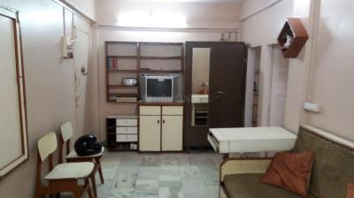 Gallery Cover Image of 420 Sq.ft 1 BHK Apartment for buy in Santacruz East for 10000000
