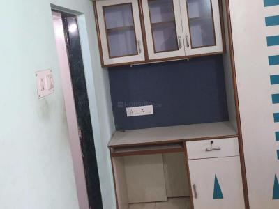Gallery Cover Image of 675 Sq.ft 1 BHK Apartment for rent in Kothrud for 19000