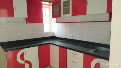 Gallery Cover Image of 1250 Sq.ft 2 BHK Apartment for rent in J. P. Nagar for 20000