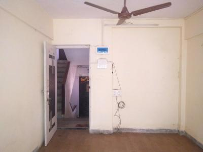 Gallery Cover Image of 750 Sq.ft 2 BHK Apartment for rent in Andheri West for 38000