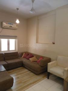 Gallery Cover Image of 700 Sq.ft 1 BHK Apartment for rent in Kalpataru - Peddar Road, Tardeo for 70000