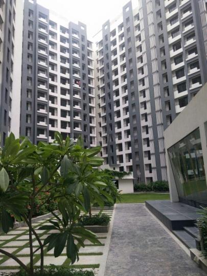 Building Image of 650 Sq.ft 1 BHK Apartment for rent in Rustomjee Global City, Virar West for 6500