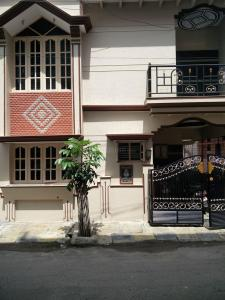 Gallery Cover Image of 1600 Sq.ft 3 BHK Independent House for rent in Banashankari for 25000