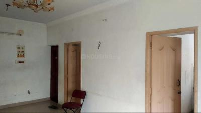 Gallery Cover Image of 1200 Sq.ft 2 BHK Apartment for rent in Kovilambakkam for 10000