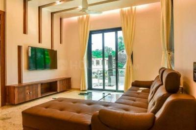 Gallery Cover Image of 750 Sq.ft 1 BHK Apartment for buy in Kandivali East for 9000000