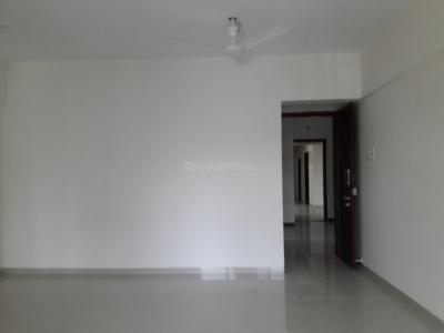 Gallery Cover Image of 850 Sq.ft 2 BHK Apartment for buy in Malad West for 13000000