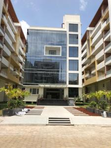 Gallery Cover Image of 1849 Sq.ft 3 BHK Apartment for buy in Kothaguda for 13500000