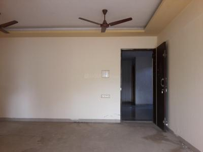 Gallery Cover Image of 1350 Sq.ft 3 BHK Apartment for rent in Rajhans Kshitij, Vasai West for 15000