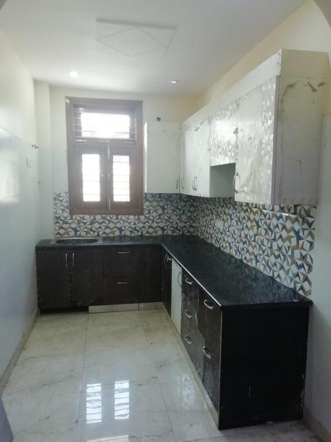 Kitchen Image of 1850 Sq.ft 3 BHK Independent Floor for buy in Shastri Nagar for 7500000