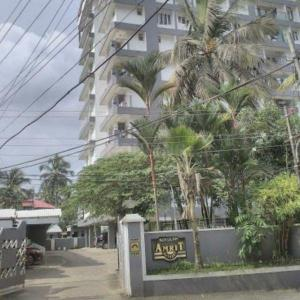 Gallery Cover Image of 1000 Sq.ft 2 BHK Apartment for buy in Kadavanthra for 5500000
