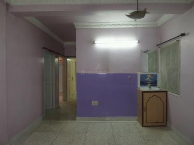 Gallery Cover Image of 1150 Sq.ft 3 BHK Apartment for rent in Tollygunge for 20000
