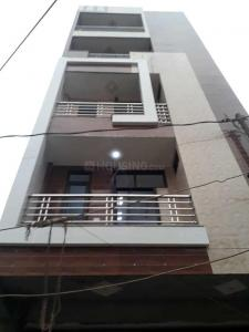 Gallery Cover Image of 475 Sq.ft 1 BHK Independent Floor for buy in Dwarka Mor for 1900000