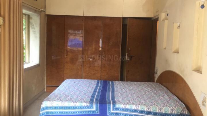 सांताक्रुज़ वेस्ट में मरयम हाउस के बेडरूम की तस्वीर