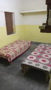 Bedroom Image of Single & Share Room PG in Baishnabghata Patuli Township