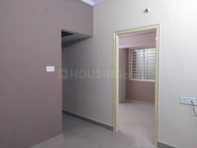 Gallery Cover Image of 500 Sq.ft 1 BHK Apartment for rent in S.G. Palya for 8000