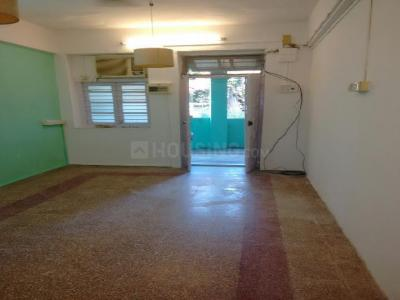 Gallery Cover Image of 600 Sq.ft 1 BHK Apartment for rent in Bandra West for 35000