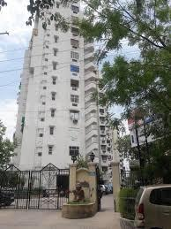 Gallery Cover Image of 1255 Sq.ft 2 BHK Apartment for rent in  Gateway Towers, Vaishali for 17000