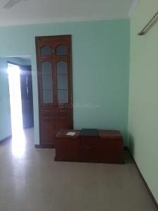 Gallery Cover Image of 1000 Sq.ft 2 BHK Apartment for rent in Ansal Sushant Estate, Sector 52 for 27000