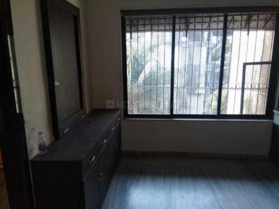 Gallery Cover Image of 850 Sq.ft 2 BHK Apartment for buy in Kandivali West for 13500000
