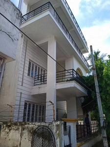 Gallery Cover Image of 2050 Sq.ft 4 BHK Independent House for buy in Salt Lake City for 28000000
